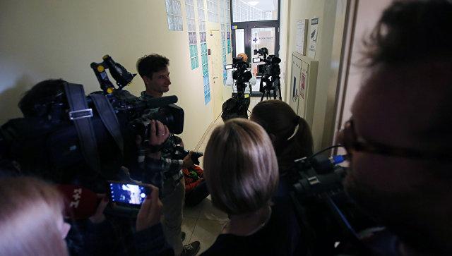 """Кијев сумњичи новинаре """"РИА Новости Украјина"""" за """"издају"""""""