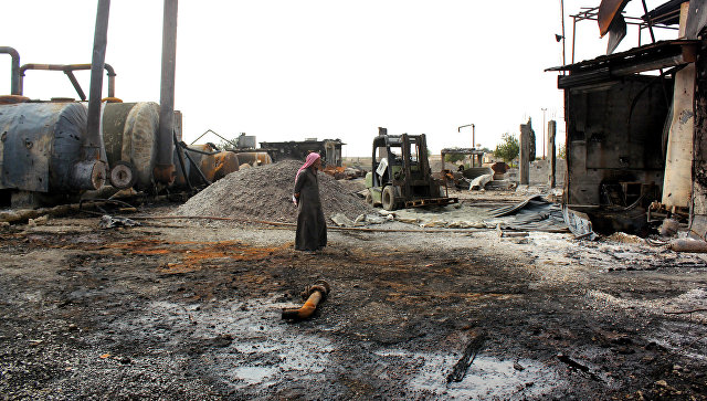 Дамаск: САД намерно бомбардују нафтна поља да их Сирија не може користити