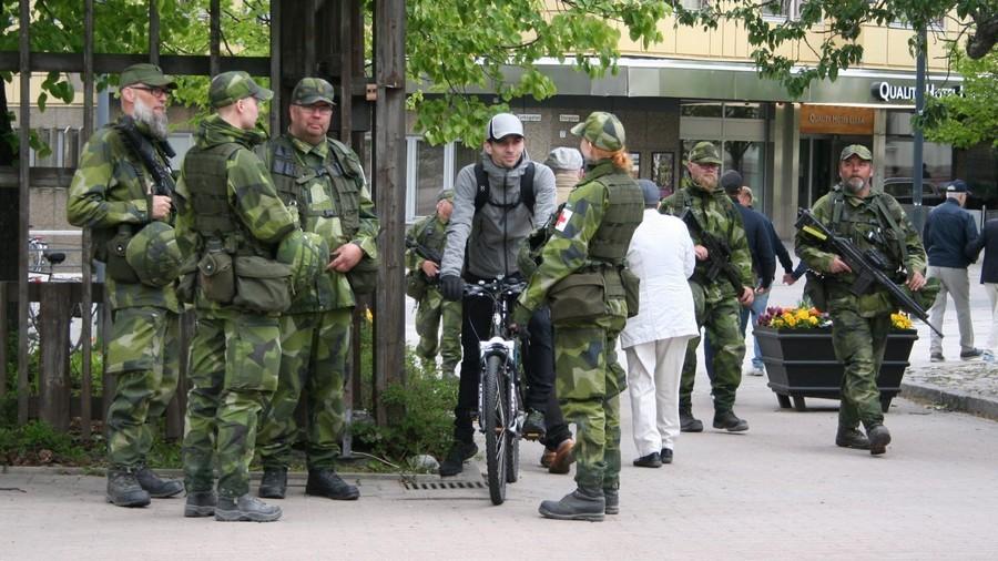 РТ: Шведска мобилише комплетан резервни састав Државне страже први пут након 40 година