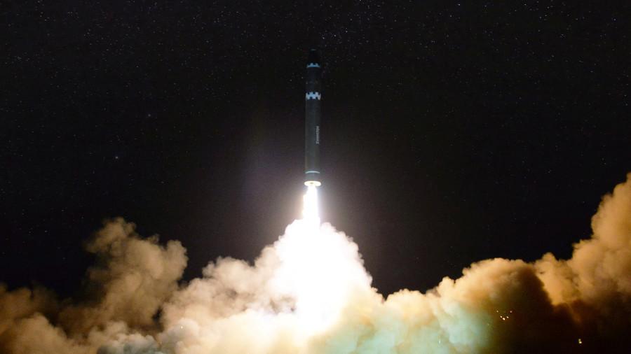 РТ: САД се надају да ће главнина нуклеарног арсенала Северне Кореје бити демонтирана у наредне две и по године - Помпео