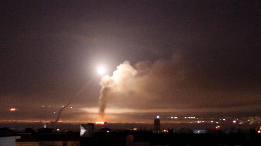 РТ: Две израелске ракете пале код аеродрома у Дамаску - САНА