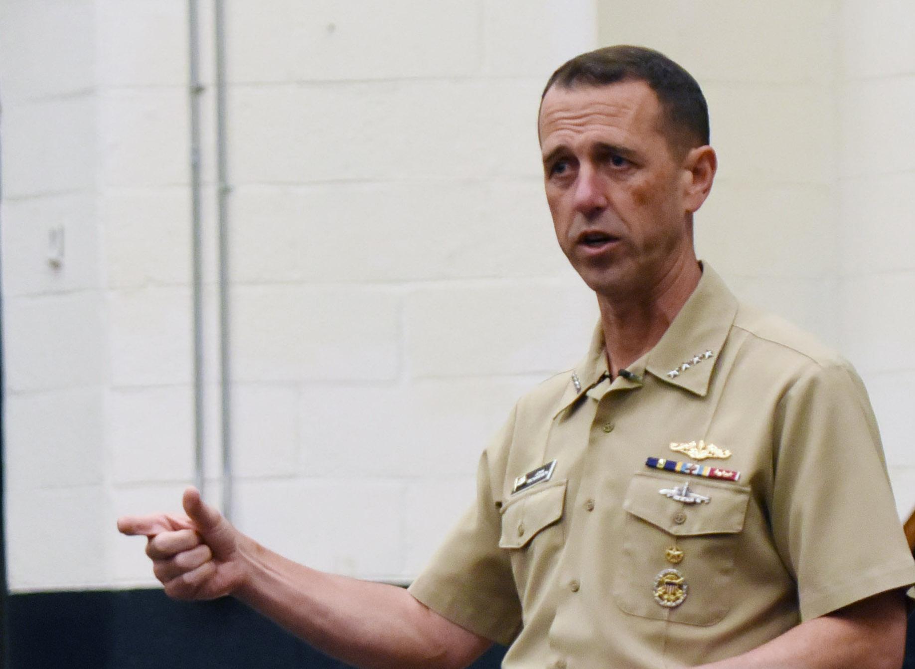 """""""Војне вежбе НАТО-а код норвешке обале треба да буду знак за Русију"""""""