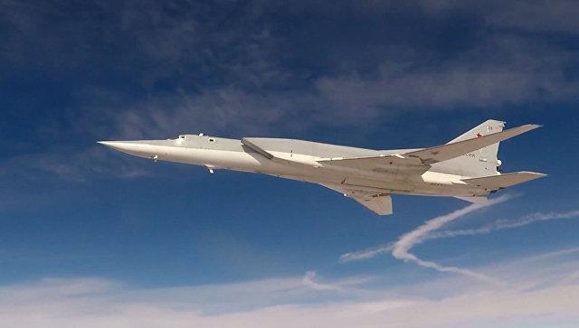 """Бомбардери Ту-22М3 ће моћи носити четири хиперсоничне ракете """"Кинжал"""""""