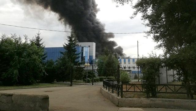 Пожар у Иркутском авио-заводу