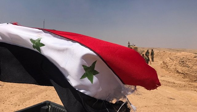 Сиријска застава се вијори у Дераи