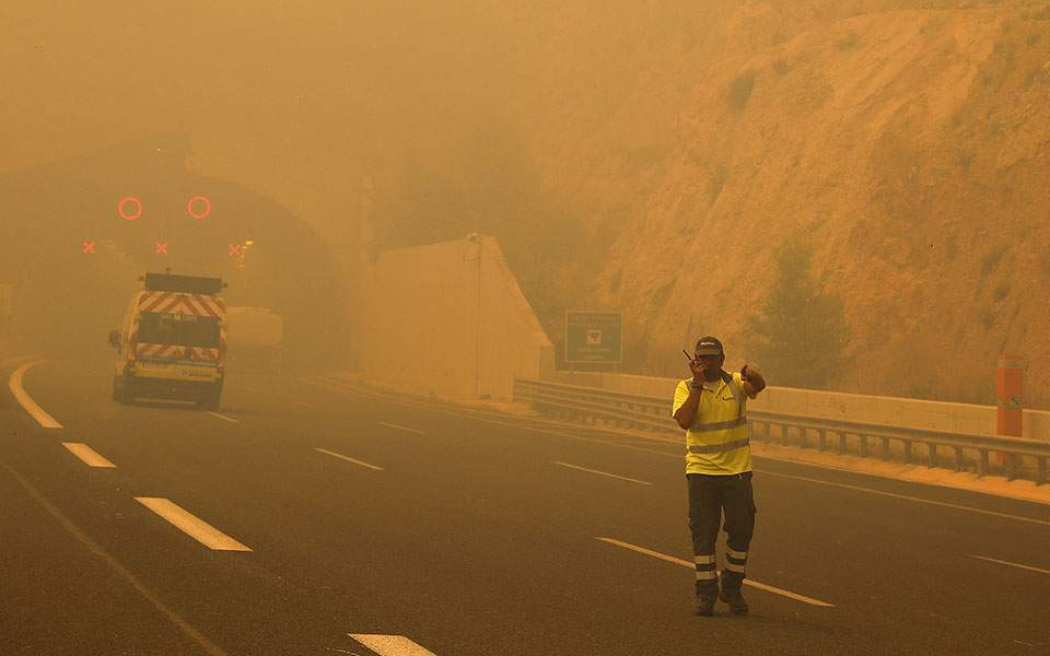 Најмање 50 жртава пожара на Атици у Грчкој