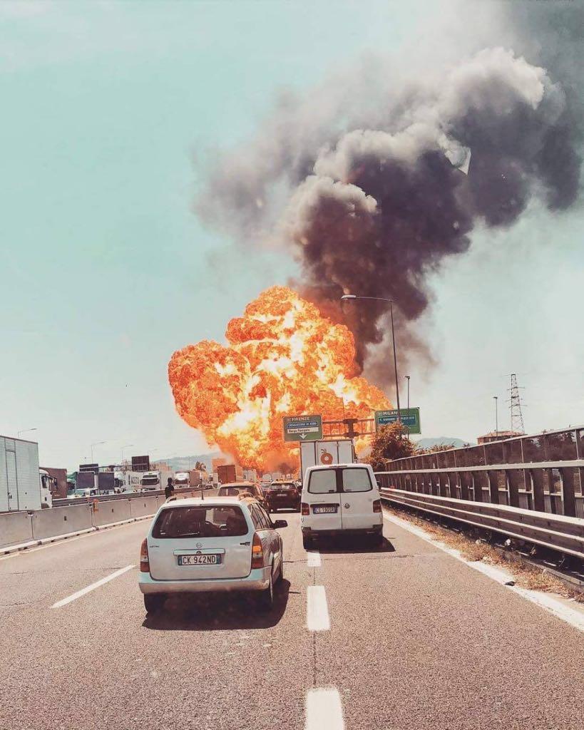 Велика експлозија на аеродрому у Болоњи