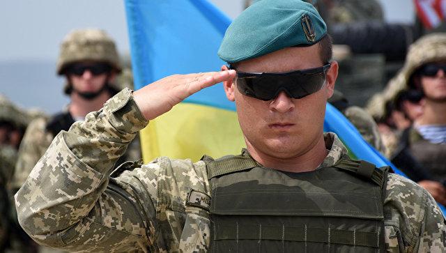 """Порошенко наредио да се уведе нацистички војни поздрав """"Слава Украјини"""""""