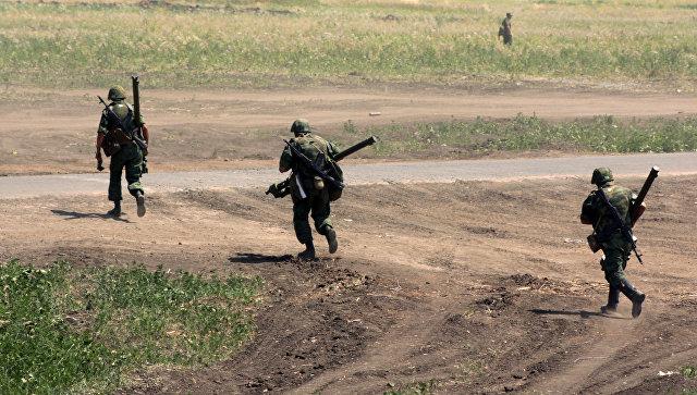 Доњецк: Кијевске снаге концентришу снаге у правцу Мариупоља