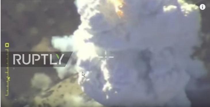 Руска војска објавила видео снимак вазушних удара по терористима у Идлибу