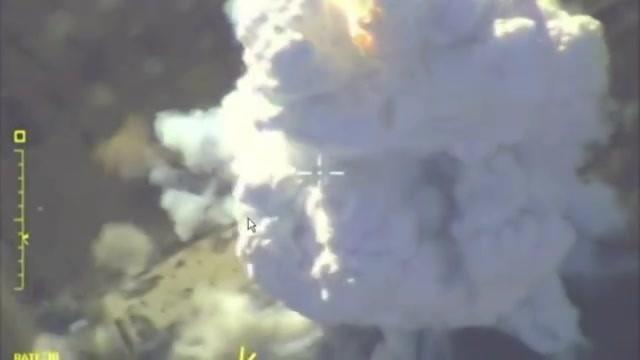 Руска војска објавила нове видео снимке вазушних удара по терористима у Идлибу