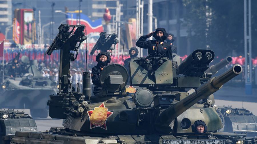 РТ: Увертира за мир? Није било интерконтиненталних балистичких ракета на паради у Пјонгјангу