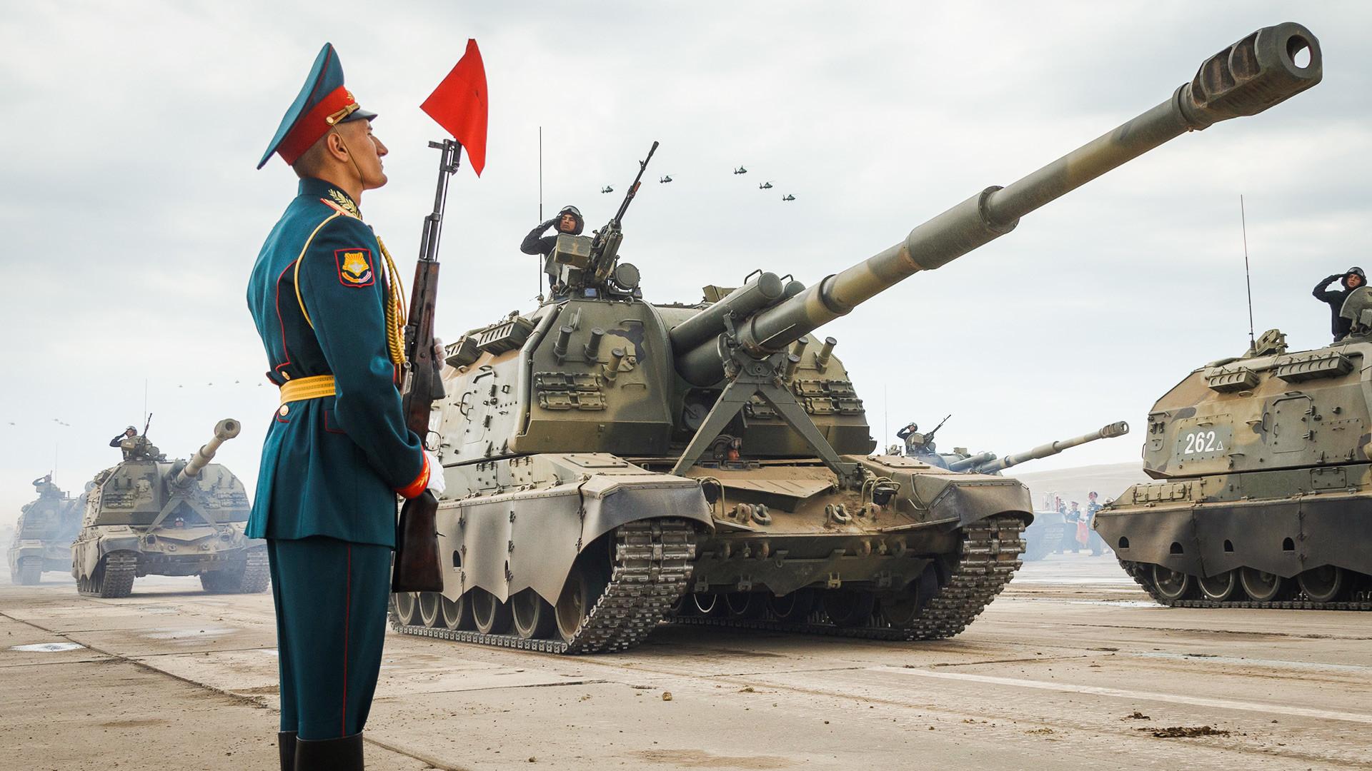 Погледајте како протичу највеће руске војне вежбе у последњих 40 година