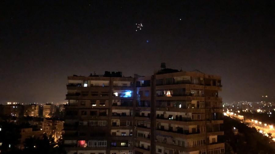 РТ: Сирија одбила ракетни напад Израела