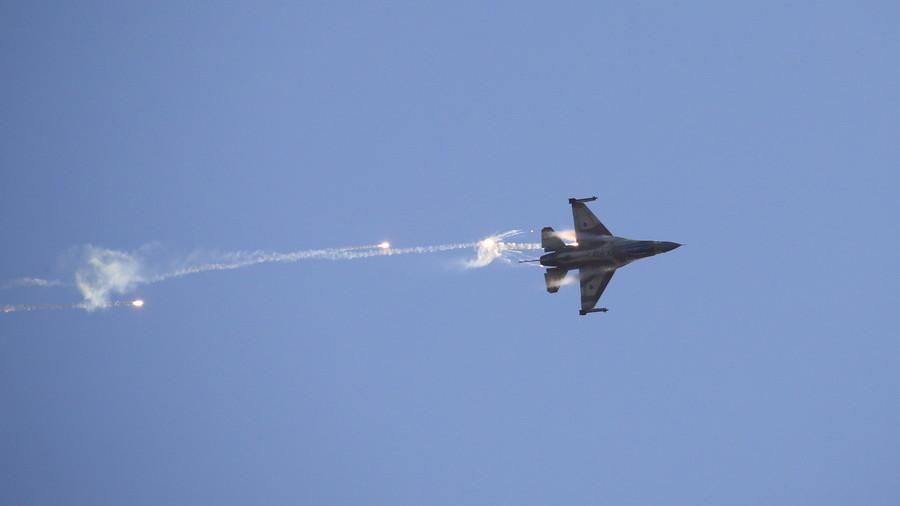 РТ: Руски авион грешком оборила сиријска ПВО током израелског напада