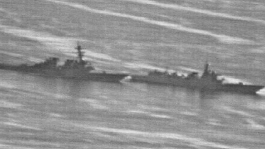 """РТ: """"Умало судар"""": Кинески разарач у потери за америчким"""