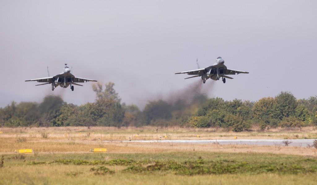 Руски пилоти имали част да лете са србским пилотима који су бранили Србију 1999. године