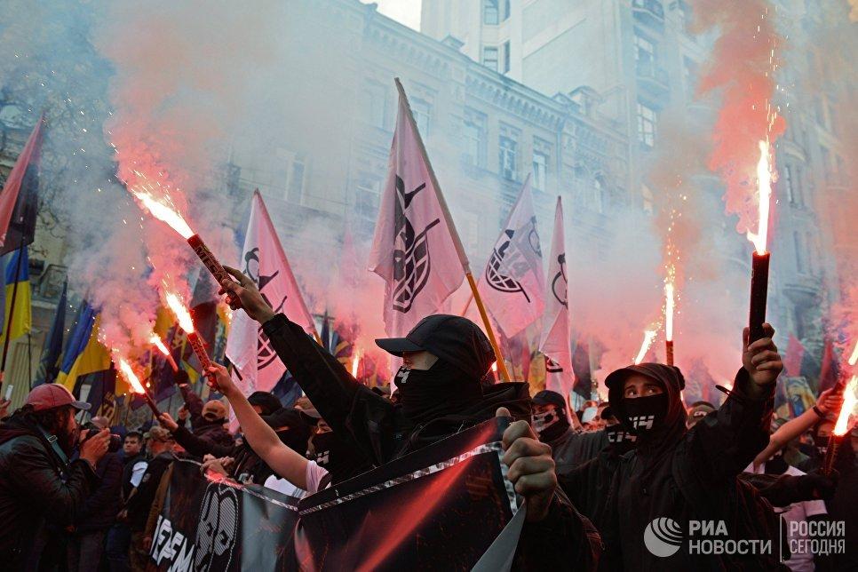 Украјински екстремисти уништили у Кијеву канцеларију свог преговарача са донбаским републикама