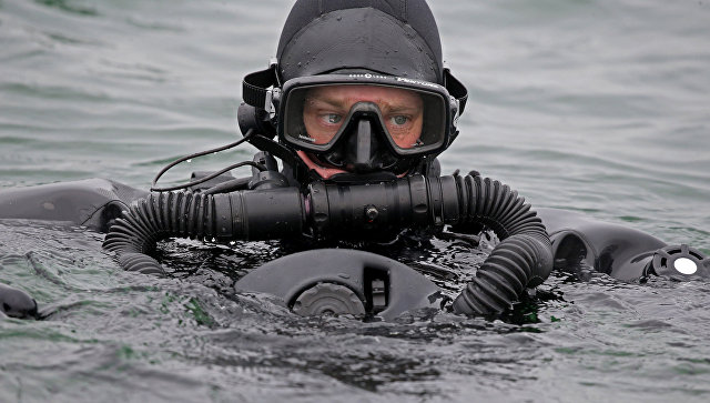 Рониоци Тихоокеанске флоте РФ први пут заронили на 416 метара