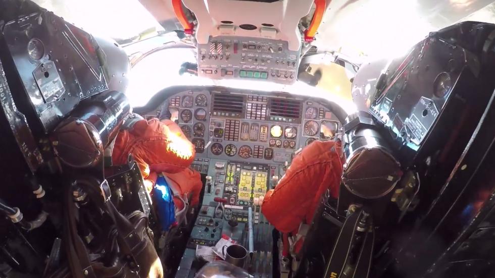 РТ: Маневри руских бомбардера Ту-160 са авионима Венецуеле