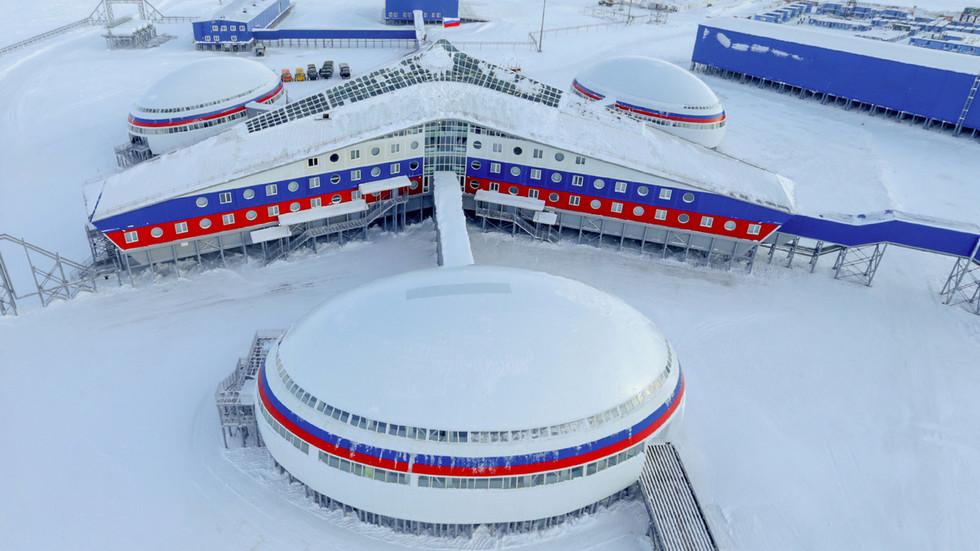 """РТ: Хиперсонични """"Авангард"""" у служби и завршетак арктичког чишћења - руски војни план за 2019. годину"""