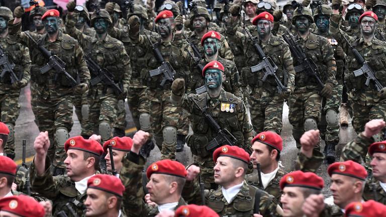 """РТ: """"Уништићемо их"""" - Грчка запретила НАТО савезнику Турској"""