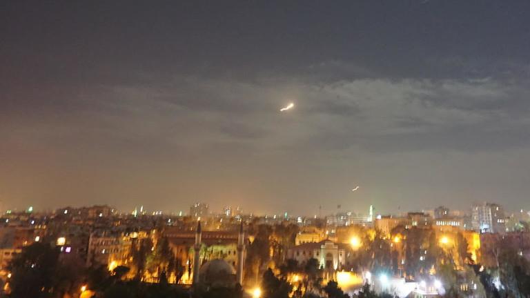 """РТ: Израел поново напао """"иранске мете"""" у Сирији, те упозорио Дамаск да не одговара"""