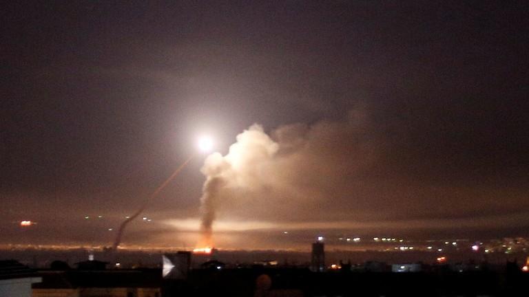 РТ: Израелска војска објавила видео снимак напада на сиријску ПВО
