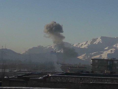 У нападау Талибана на војну базу више од 120 мртвих