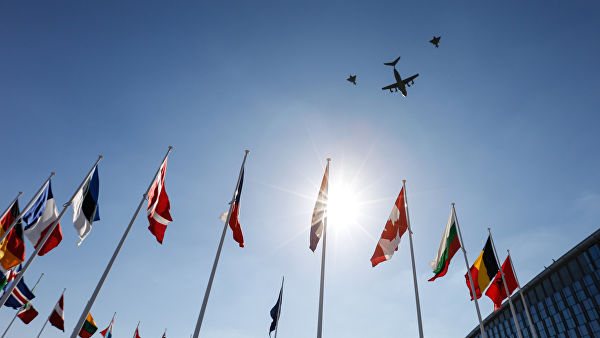 Stoltenberg: NATO će razmotriti vojne mere na prekid dejstva Sporazuma o raketama