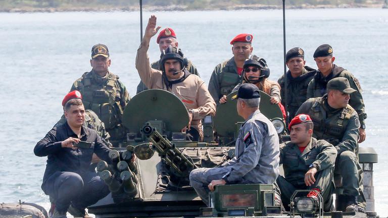 """RT: """"Najvažnije vežbe u istoriji!"""": Maduro u inspekciji vojske pred veliku vojnu vežbu"""