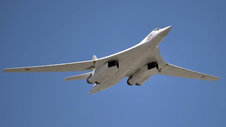 РТ: Дужи долет и модерно наоружање: Модернизовани Ту-160 ће се прикључити снагама 2021. године