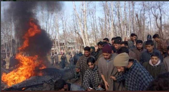 РТ: Пакистан објавио снимак заробљеног индијског пилота