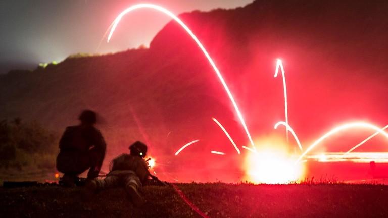 """РТ: Амерички маринци """"заузели"""" јапанско острво како би показали Пекингу да се """"не шале"""""""