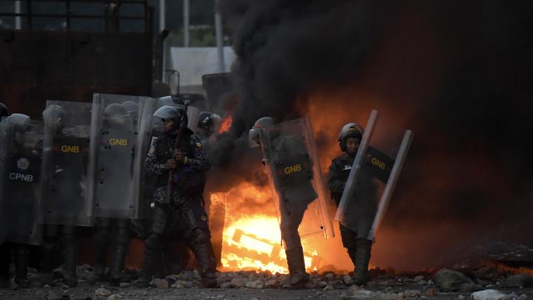 """РТ: Мадуро оптужио """"ђавољу марионету"""" Гваида за планирање његовог атентата"""