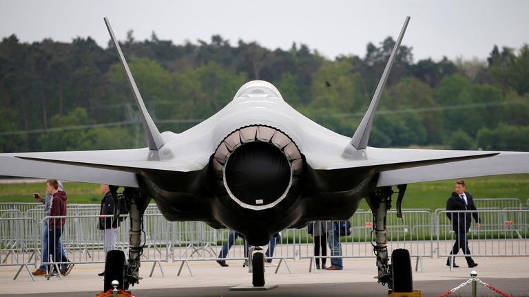 РТ: САД обуставиле испоруку авиона Ф-35 због планова Турксе да купи руске ПВО системе С-400