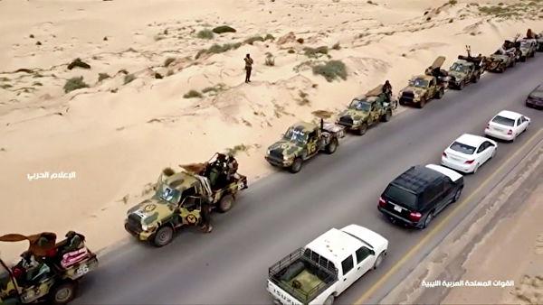 УН: Најмање 2.200 људи побегло од борби које се воде у јужном делу Триполија