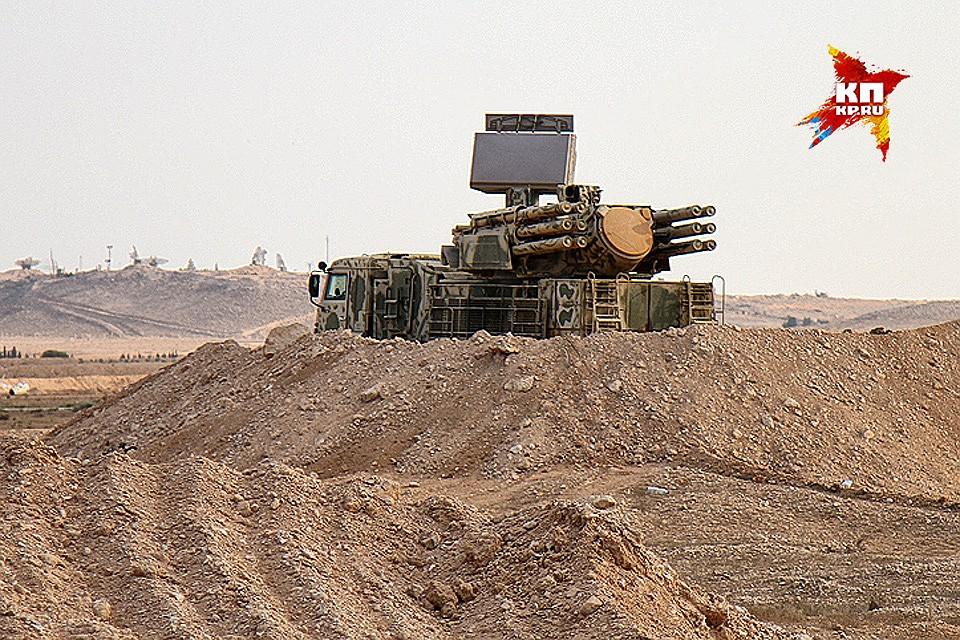 "Системи ""Панцир-М"" и ""Тор-М1"" током напада милитаната на Хмејмим оборили 27 ракета"
