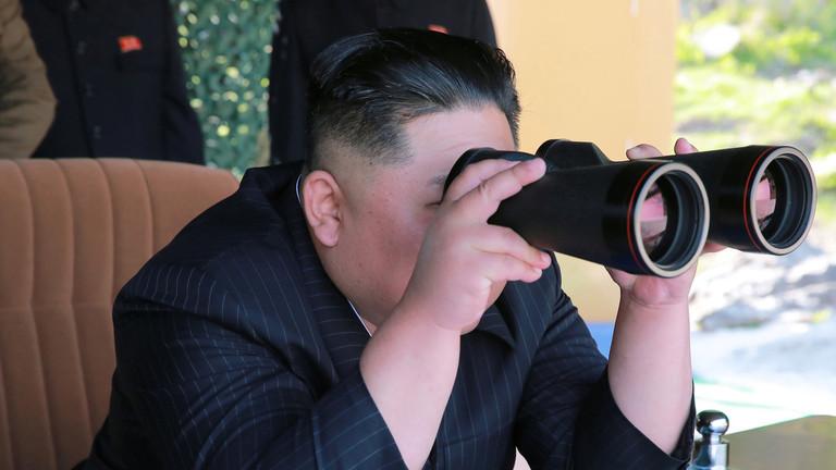 РТ: Ким Џон Ун наредио вежбе удара ракетама дугог домета