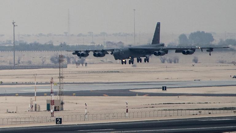 РТ: САД распоредиле бомбардере Б-52 у Катар након претњи Ирану