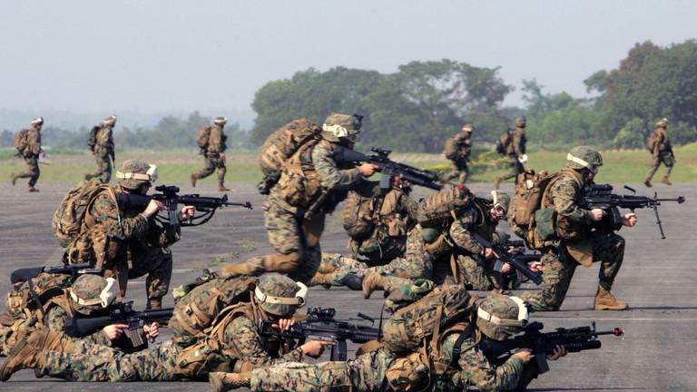 "РТ: САД планирају да распореде 120.000 војника на Блиски исток како би се супротставиле Ирану - ""Њујорк тајмс"""