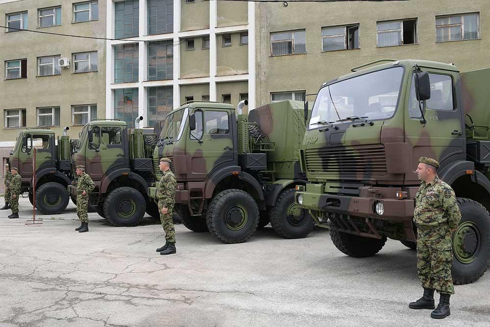 Нови камиони за Војску Србије