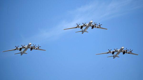 Амерички авиони пратили четири стратешка бомбардера Ту-95МС