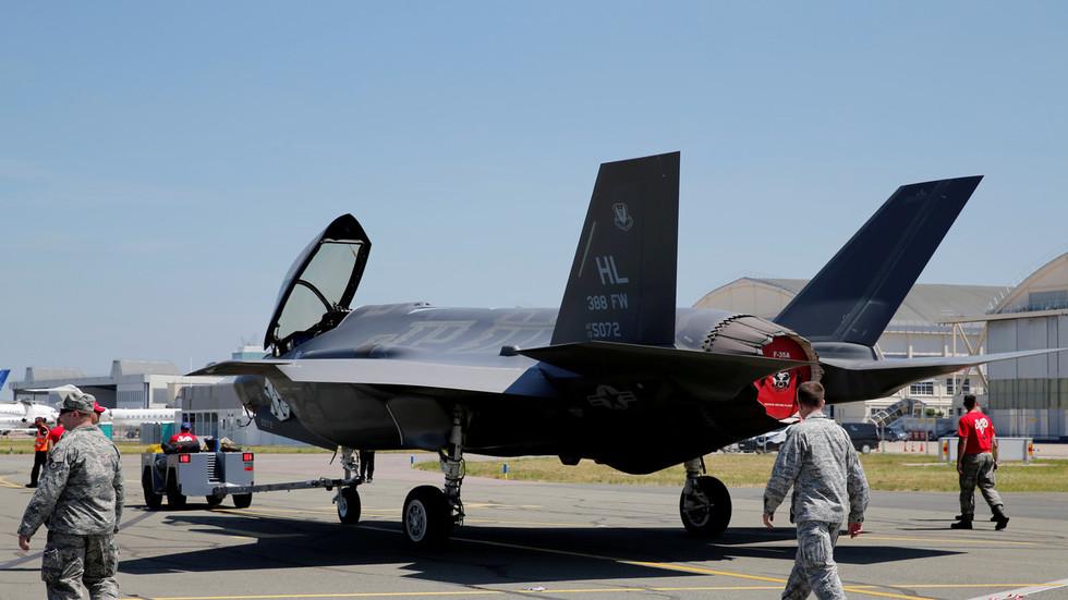РТ: САД неће обучавати турске пилоте на авионима Ф-35 ако Анкара одбије да обустави набавку руских С-400?