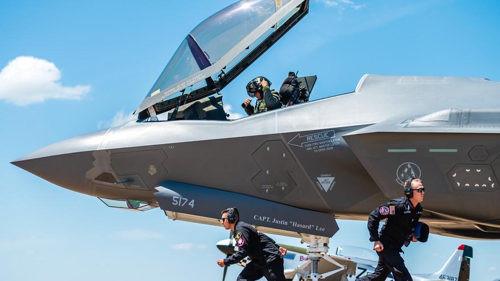 РТ: САД избацују Турску из програма авиона Ф-35