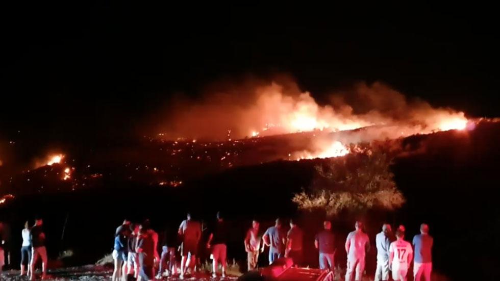 РТ: Ракета С-200? Оборени авион? Дрон? Шта се синоћ срушило на територији Северног Кипра након израелског напада на Сирију?