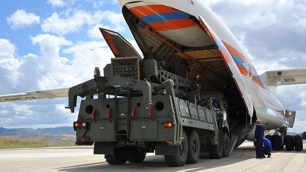 У Турску слетео још један руски авион са компонентама за ПВО системе С-400