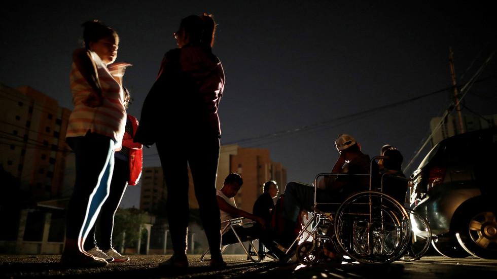 """РТ: Венецуела као разлог нестанка струје у зељми навела """"електромагнетни напад"""""""