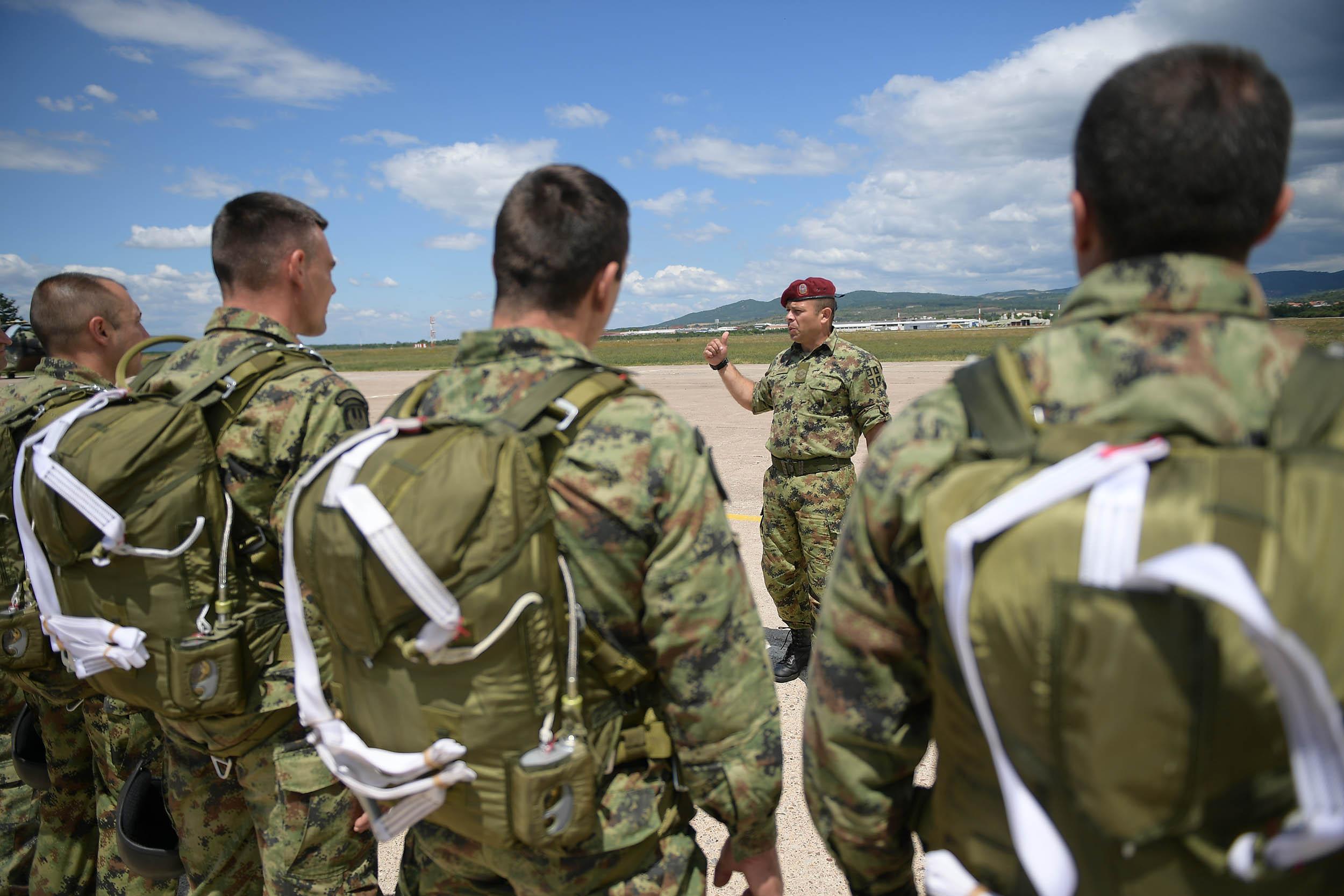 У посети 63. падобранском батаљону Специјалне бригаде