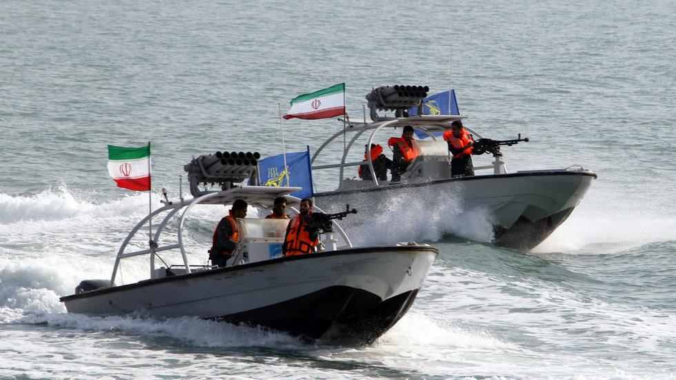 РТ: Иран објавио снимак заплене танкера у Персијском заливу